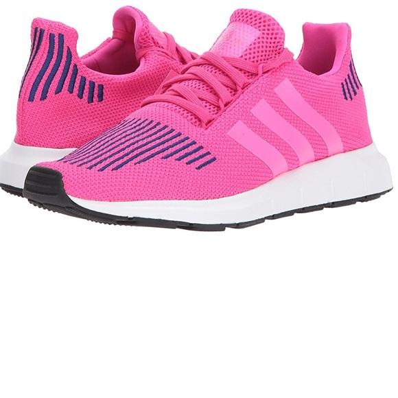 f28e1e987b71e NWT Retro Adidas Swift Run J Sneaker